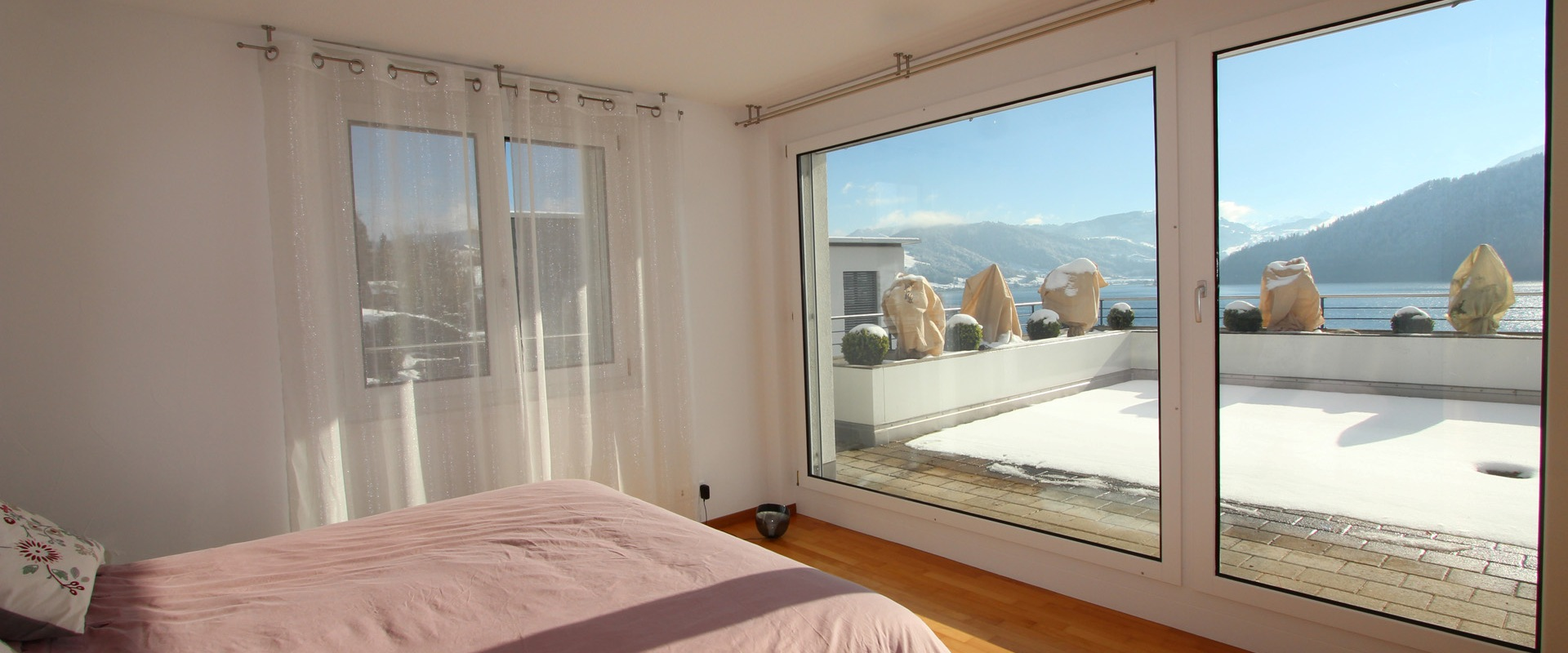 Miete: Attika-Terrassen-Wohnung an Traumlage